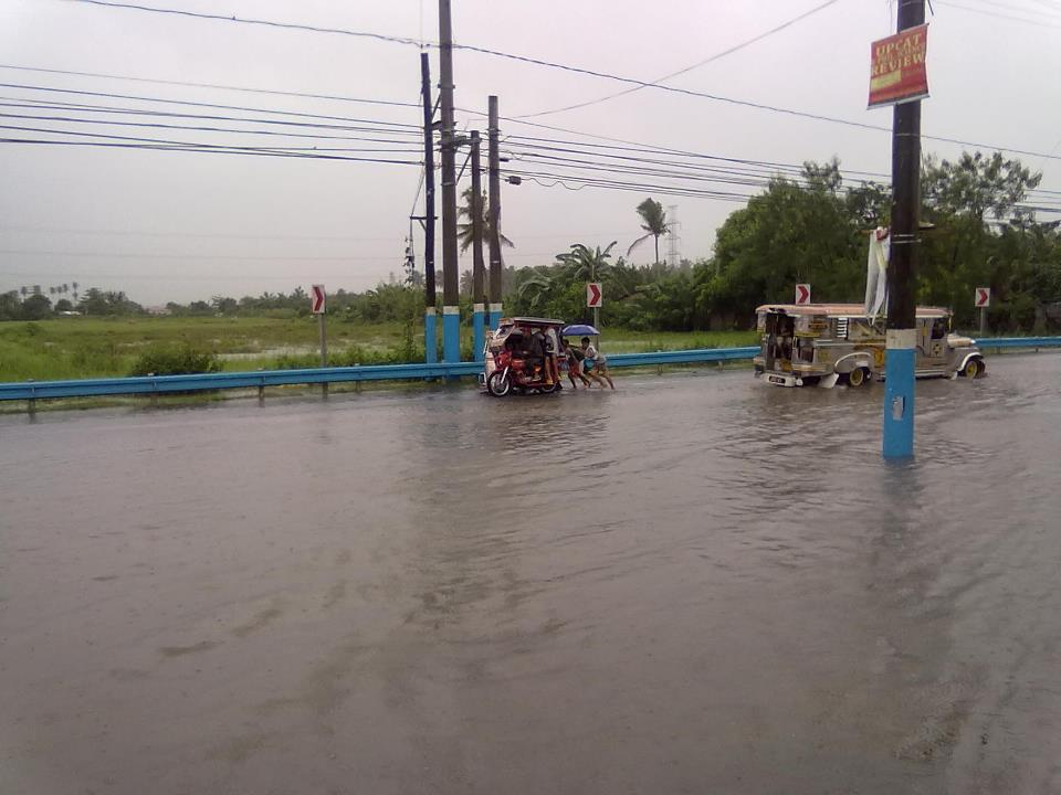 Santa Cruz (Laguna) Philippines  city pictures gallery : ... Agosto 7, 2012 at 960 × 720 in Heavy Monsoon hits NCR, Philippines