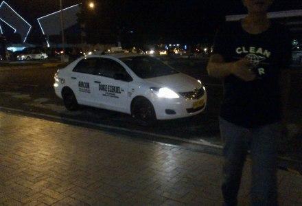 Duke Ezekiel Taxi - UVZ 404